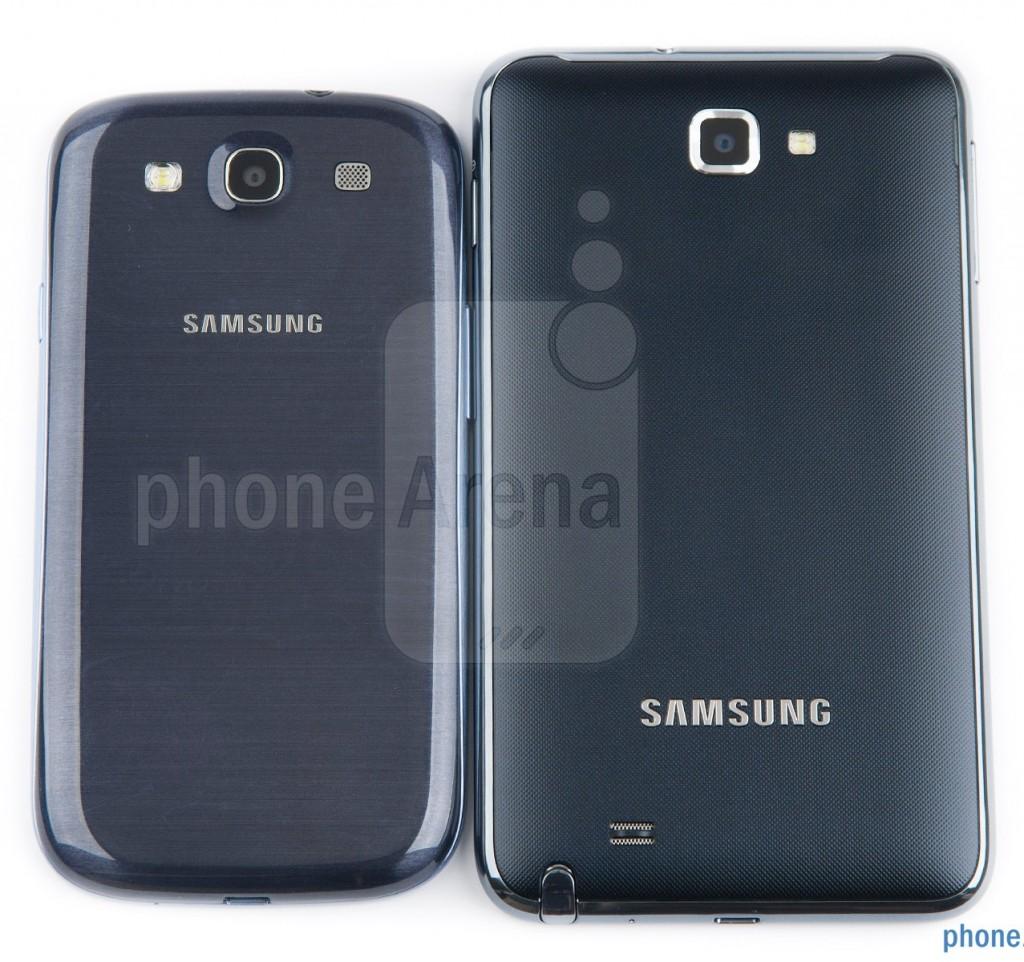 Samsung Galaxy S III против Galaxy Note - задняя крышка