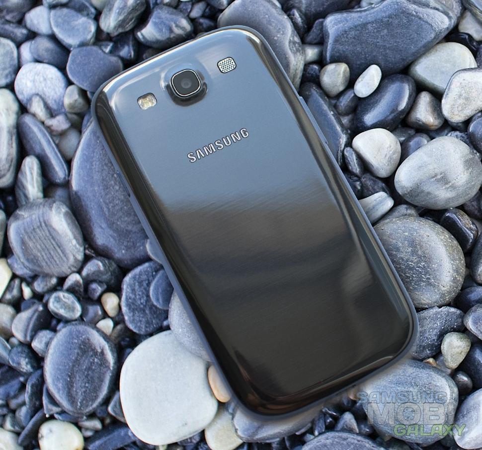 Samsung Galaxy S III задняя крышка