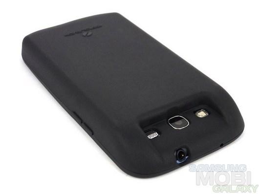 Аккумулятор емкостью 7000 мАч специально для Samsung Galaxy S3