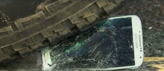 Samsung Galaxy S4 и iPhone 5 в ряде краш-тестов