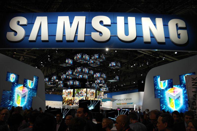Samsung может представить Galaxy Note III и умные часы 4 сентября