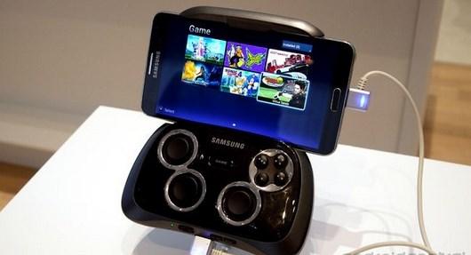 Новый джойстик Samsung Game Pad для смартфонов Samsung Galaxy