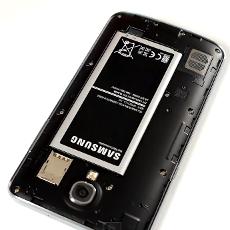 Телефон с аккумулятором