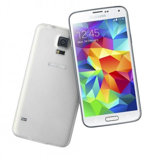 Samsung Galaxy S5. Белый цвет задней панели