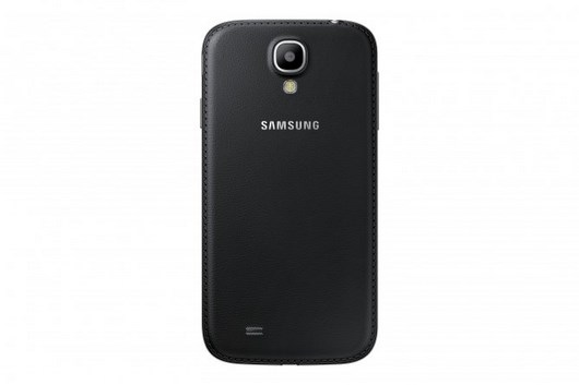 Новые версии Samsung Galaxy S4 и Galaxy S4 mini Black Edition с крышкой под кожу
