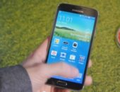 Демоснтрация дизайна и работы Samsung Galaxy S5 на видео