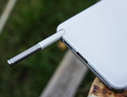 Компактная антена Samsung Galaxy Note III
