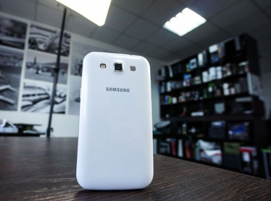Задняя панель Samsung Galaxy Win