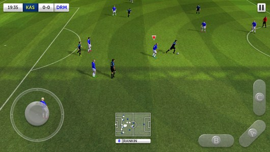 Прессинг соперника - Dream League Soccer для Android