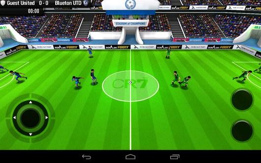 Футболисты выходят в поле - CR Footy для Android