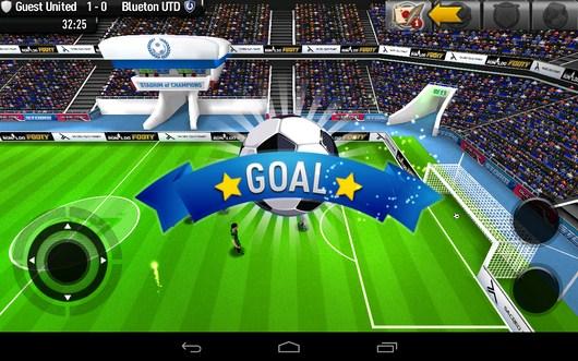 Гол в ворота соперника - CR Footy для Android