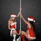 Dancing Christmas Girls LWP — девушки танцуют