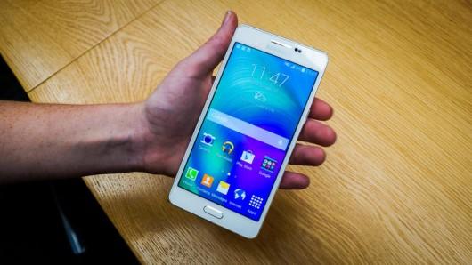 Новые металлические смартфоны от Samsung: Galaxy A3 и Galaxy A5 - жаркие новинки