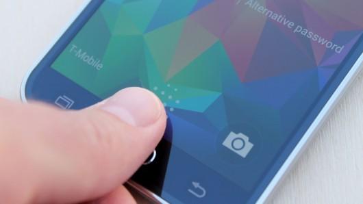 Сканер отпечатка пальца в Samsung Galaxy S6 - свежая наработка