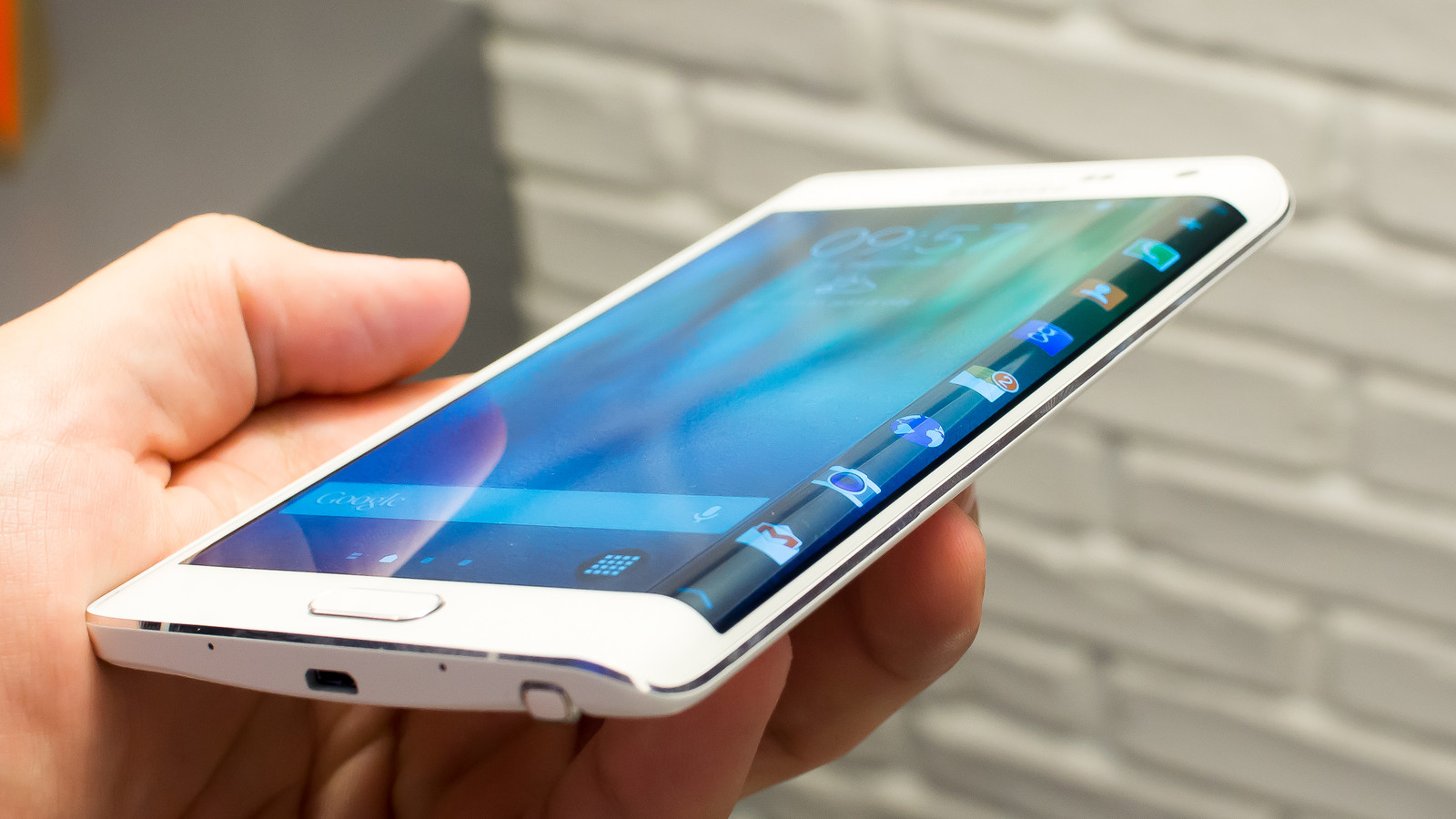 Ситуация с продажами Samsung Galaxy Note Edge