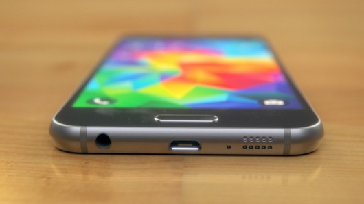 Онлайн-трансляция презентации Samsung Galaxy S6