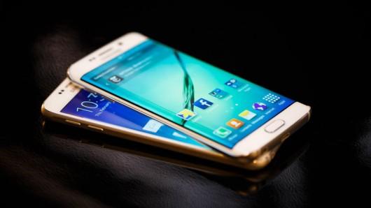Тест на сгибаемость флагмана Samsung Galaxy S6 edge - не сгибается