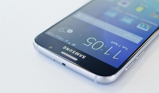 Оригинальный рекламный ролик от Samsung