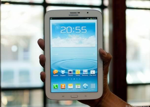 Компания Samsung все еще лидер мобильного рынка