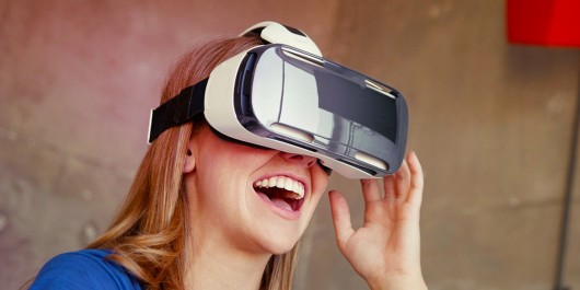 Шлем Samsung Gear VR Innovator Edition теперь доступен в продаже