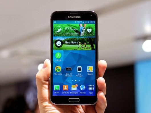 Внешний вид смартфона Samsung Galaxy S5 mini