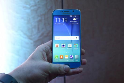 Сканер радужной оболочки глаза в Samsung Galaxy S7