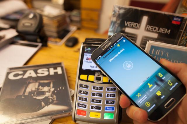 Samsung тестирует платежную систему