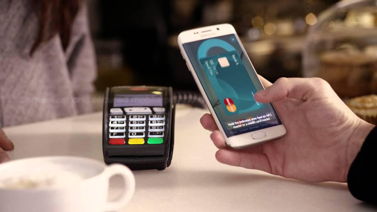 Samsung разрабатывает платежный сервис вместе с MasterCard