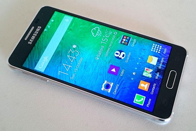 Samsung лидирует на рынке смартфонов