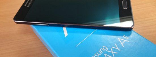 Фотография Samsung Galaxy А5 на оригинальной коробке