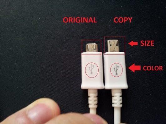 Фотография двух разных зарядных устройства для смартфона Самсунг