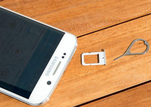 SIM-лоток и скрепка от Samsung Galaxy S6 Edge
