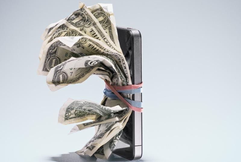можно ли взять телефон в рассрочку в 18 лет если ты получаешь пенсию